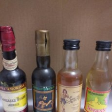 Botellas antiguas: LOTE 22 BOTELLAS MINIATURA. Lote 162072016