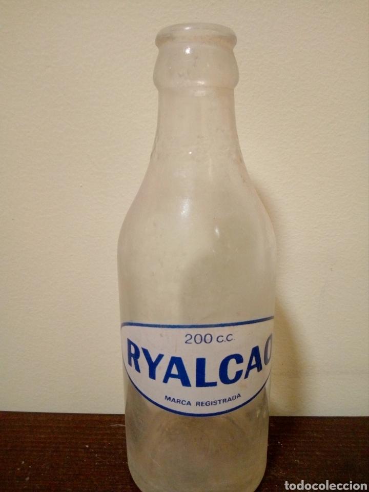 BOTELLA RYALCAO 200CC (Coleccionismo - Botellas y Bebidas - Botellas Antiguas)