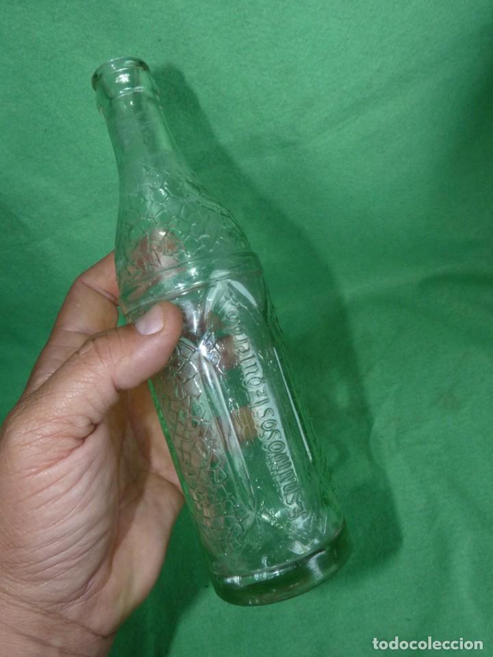 Botellas antiguas: DIFICIL BOTELLA ESPUMOSOS IZQUIERDO TRANSPARENTE RARA ANTIGUA COLECCION REFRESCO - Foto 5 - 167518088