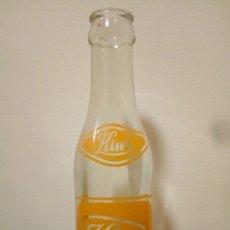 Botellas antiguas: BOTELLA KIWI MARCA REGISTRADA. Lote 167879497