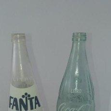 Botellas antiguas: ANTIGUA BOTELLA DE REFRESCO FANTA Y COCA COLA DE 1 LITRO 100 CL. Lote 168139540
