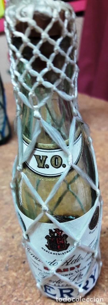 Botellas antiguas: BOTELLIN DE BRANDY TERRY. FERNANDO A. DE TERRY. PUERTO DE SANTA MARIA. 12 CMS - Foto 5 - 169964260