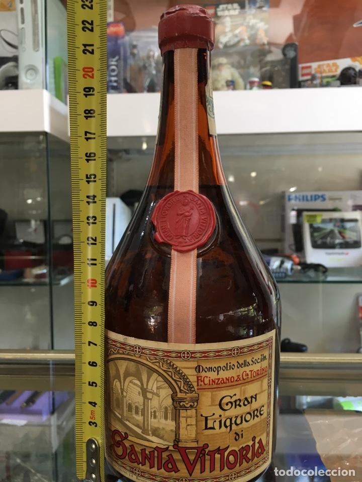 Botellas antiguas: GRAN LIQUORE DI SANTA VITTORIA - Foto 2 - 169972866