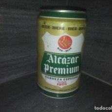 Botellas antiguas: ANTIGUA LATA EL ALCÁZAR DE JAEN CERVEZA DIBUJO CASTILLO AÑO 1989 ESPAÑA. Lote 171541530