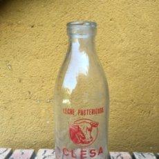 Botellas antiguas: ANTIGUA BOTELLA DE LECHE CLESA BOCA ANCHA. Lote 172954410