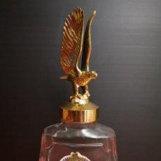 Botellas antiguas: BOTELLA BOTE CONSERVAS HELIO MERMELADA CON TAPÓN DE ÁGUILA. VINTAGE AÑOS 70 VACIA. Lote 173525312