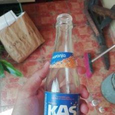 Botellas antiguas: ANTIGUA BOTELLA REFRESCO GASEOSA KAS NARANJA ELABORADO AHEMON PEPSI COLA AÑOS 90. Lote 173849060