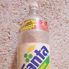 Botellas antiguas: BOTELLA 2 LITROS FANTA LIMÓN CULO NEGRO 1990. Lote 176802628