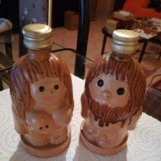 Botellas antiguas: CAMPENY. PAREJA DE BOTELLAS LICOR CAMPENY SIN ABRIR.. Lote 178962568