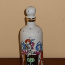 Botellas antiguas: BOTELLA CERAMICA ESCUDO CASTAÑO CON MECANISMO MUSICAL (EL RELICARIO). Lote 183085908