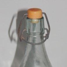 Botellas antiguas: BOTELLA ANTIGUA ESPUMOSOS MALDONADO. Lote 183955605