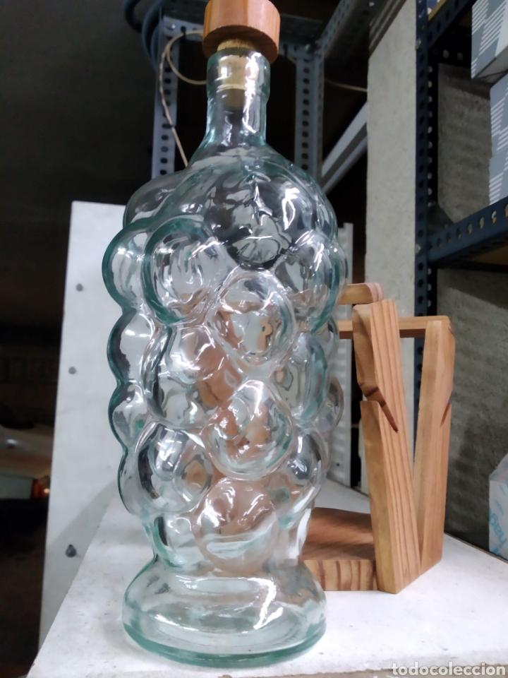 BOTELLA RARA (Coleccionismo - Botellas y Bebidas - Botellas Antiguas)