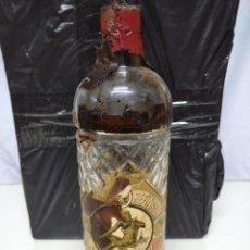 Botellas antiguas: ANTIGUA BOTELLA ANISADO REFINADO DE VICENTE BOSCH. BADALONA. ANIS DEL MONO.. Lote 191426445
