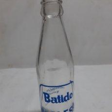 Botellas antiguas: ANTIGUA BOTELLA BATIDOS CLESA. Lote 191828243