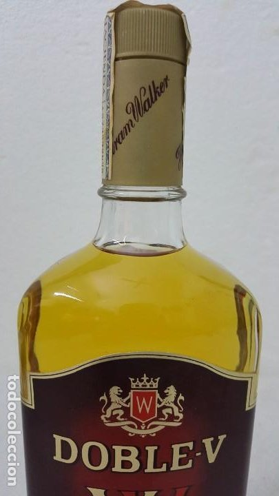 Botellas antiguas: WISKY DOBLE V SELLO 8 PTAS - Foto 3 - 192603076
