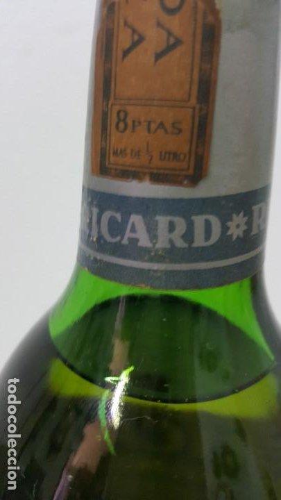 Botellas antiguas: ANISSE RICARD SELLO 8 PTAS - Foto 2 - 192603270
