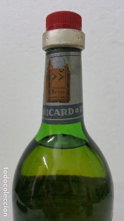 Botellas antiguas: ANISSE RICARD SELLO 8 PTAS - Foto 3 - 192603270