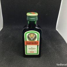 Botellas antiguas: JAGERMEIFTER MINI BOTELLA. Lote 192724132