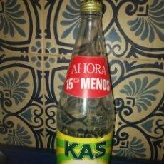 Botellas antiguas: VIEJA BOTELLA DE KAS LIMÓN 1989 RARA. Lote 194344733