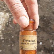 Botellas antiguas: FRASCO DE FARMACIA FOROGLUCINA PARA ANÁLISIS. Lote 194354195