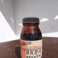 Botellas antiguas: FRASCO DE FARMACIA BREA VEGETAL // CON CONTENIDO. Lote 194354228