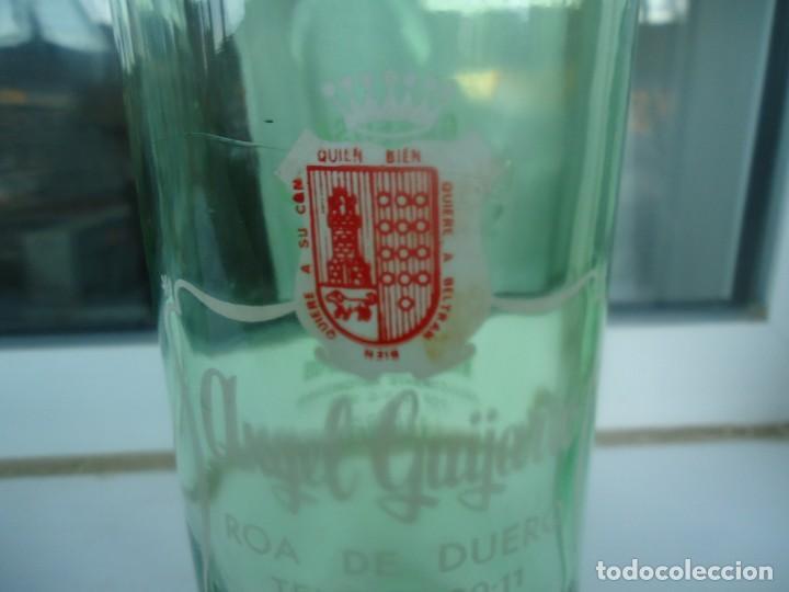 BOTELLA DE GASEOSA ANGEL GUIJARRO (Coleccionismo - Botellas y Bebidas - Botellas Antiguas)