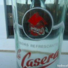 Botellas antiguas: BOTELLA DE GASEOSA LA CASERA. Lote 194939498
