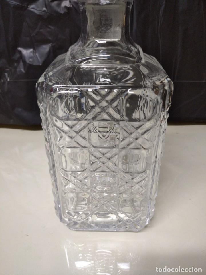 Botellas antiguas: Botella fabricada en cristal de roca. - Foto 3 - 194971065