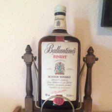 Botellas antiguas: BOTELLA BALLANTINES DECORATIVA. Lote 195197487