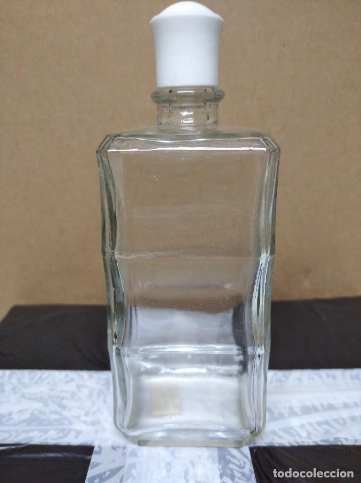 Botellas antiguas: Antigua botella colonia añeja f. - Foto 4 - 195247978