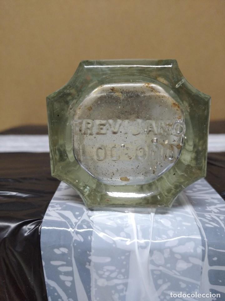 Botellas antiguas: Antigua botella de conservas Trevijano hijo. Logroño. España. - Foto 2 - 195247988