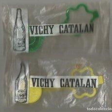 Botellas antiguas: VICHY CATALAN ANTIGUO TAPON Y CUELLO BOTELLA PLASTICO BOLSA ORIGEN AÑOS 60 70. Lote 195272362