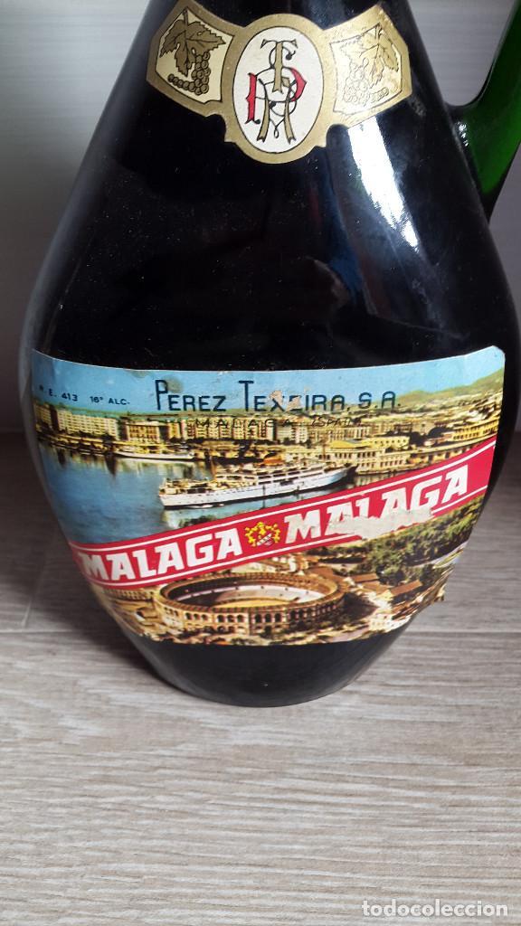 Botellas antiguas: ANTIGUA BOTELLA PEREZ TEXEIRA MALAGA. VER FOTOS - Foto 2 - 195551872
