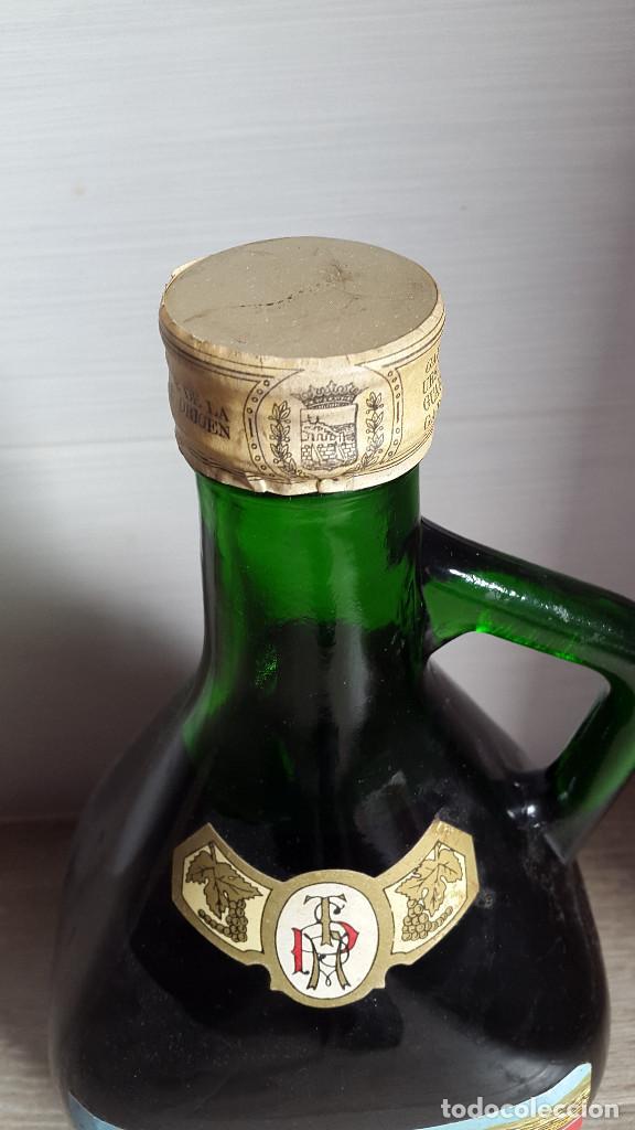 Botellas antiguas: ANTIGUA BOTELLA PEREZ TEXEIRA MALAGA. VER FOTOS - Foto 3 - 195551872