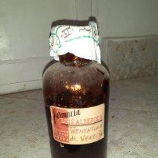 Botellas antiguas: FRASCO DE FARMACIA TREMENTINA DE VENECIA 25 CM ALTO. Lote 197047248