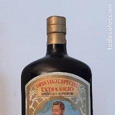 Botellas antiguas: ANTIGUA BOTELLA KINA SAN CLEMENTE . Lote 197653703