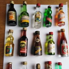 Botellas antiguas: LOTE 15 BOTELLAS MINIATURA VARIADAS. Lote 198148490