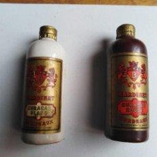 Botellas antiguas: LOTE DE 2 BOTELLAS MINIATURA BARDINET CURAÇAO . Lote 198151251