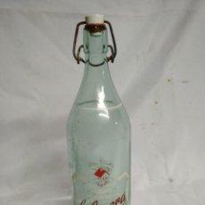 Botellas antiguas: BOTELLA DE CRISTAL. LA CASERA.. Lote 200404058