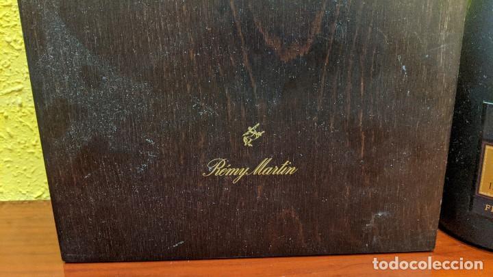 Botellas antiguas: cognac remy martin magnum 1,5 litros y caja madera con 6 copas remy martin-año 1980 - Foto 6 - 201374845