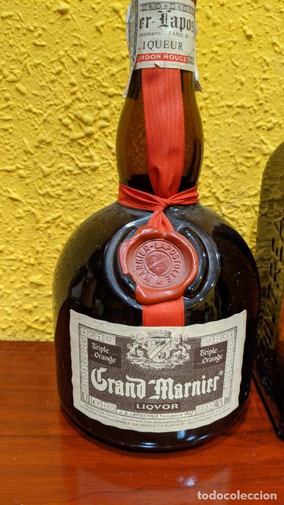 Botellas antiguas: licores-gran marnier y cointreau - año 1980-90 - Foto 3 - 202475133