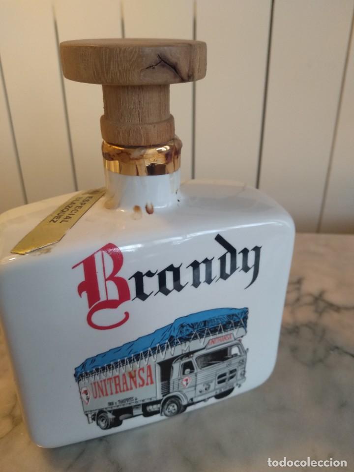 BOTELLA BRANDY PORCELANA (Coleccionismo - Botellas y Bebidas - Botellas Antiguas)