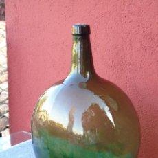 Botellas antiguas: ANTIGUA DAMAJUANA, FRASCA, GARRAFÓN DE VIDRIO. MARCA VILELLA.. Lote 205769107