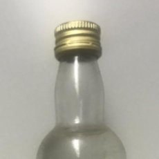 Botellas antiguas: BOTELLÍN GINEBRA SANTA MARÍA. MALLORCA. Lote 206422173