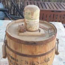 Botellas antiguas: PERFUME NILSENA - J. RIERA RABASSA - VILASAR DE MAR -GARRAFA DAMAJUANA. Lote 212799040