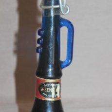 Botellas antiguas: BOTELLA GREENADEE EN FORMA DE TROMPETA DE CRISTAL AZUL-SIN ABRIR -PRECINTADA. Lote 214933715