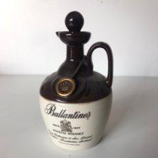 Botellas antiguas: BOTELLA VACÍA BALLANTINES. Lote 217912802