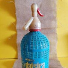 Botellas antiguas: ANTIGO SIFON CABEZA PLASTICO DATSIRA CASTELLAR DEL VALLES FABRICANTE 1705. Lote 292400028