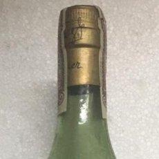 Botellas antiguas: BOTELLA BRANDY/COÑAC BYASS 96. JEREZ. 80 CTS.. Lote 221516602