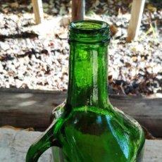 Botellas antiguas: ANTIGUA GARRAFA DE VINO MARCA YAGO. Lote 224554843